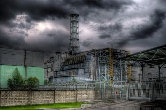 Sarkophag aus Stahl und Beton auf dem AKW Tschernobyl. Bild: cc-by-sa3.0 Piotr Andryszczak